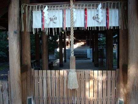 蚕ノ社(木嶋神社)_e0048413_21571096.jpg