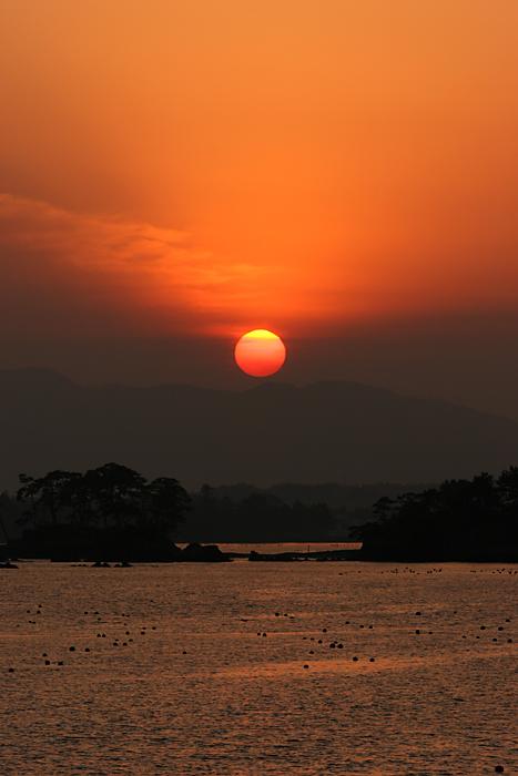 The setting sun_b0049843_22332734.jpg