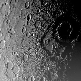 ★水星のクレーターを米探査機撮影!!写真を公開 ( ̄ー ̄)_a0028694_13531948.jpg