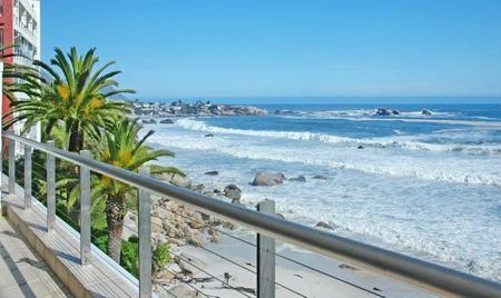 ★写真トリビア⇒南アフリカ ケープタウンの海が凍った!!(゚゚;)_a0028694_15171640.jpg