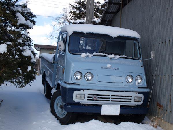 この冬初の雪景色_c0137403_2145479.jpg