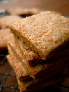 酒粕酵母クッキー(きなこ10%、バター・卵なし)_c0110869_16351999.jpg