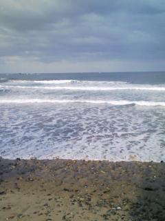 今朝も寒いけど波あります。_d0076864_1201053.jpg