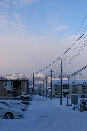 止まない雪もないね。_e0084756_23242157.jpg