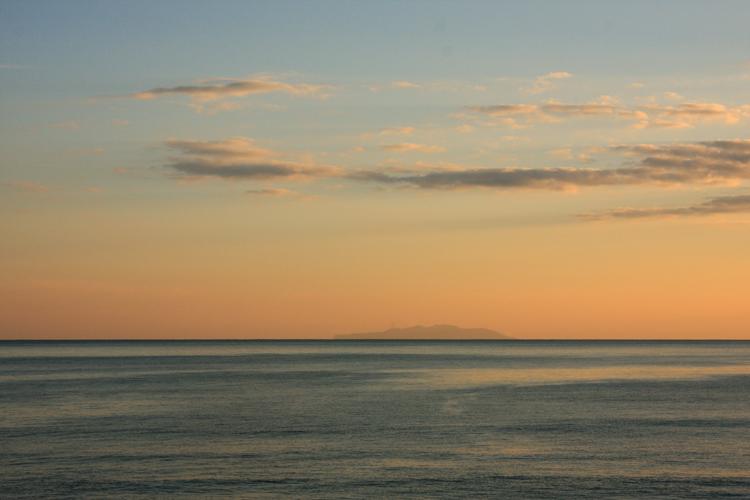七里ヶ浜の夕景・1月27日篇。_b0022268_20221138.jpg