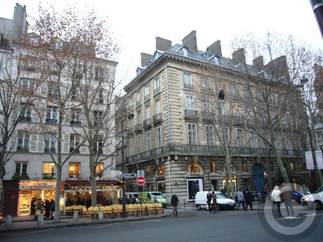 ■街角のキャフェ(パリ)_a0008105_2236452.jpg