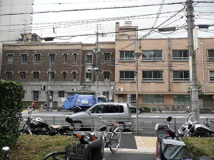 浪速郵便局阿倍野橋分室+大手前看護専門学校_c0112559_16375670.jpg