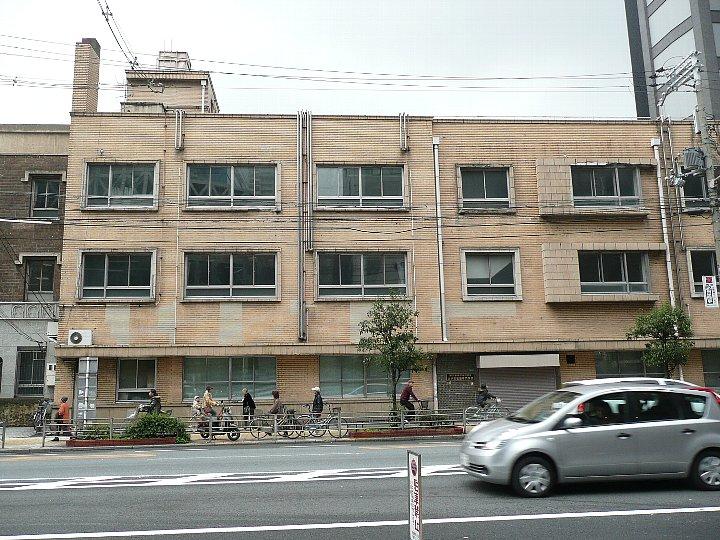 浪速郵便局阿倍野橋分室+大手前看護専門学校_c0112559_1641495.jpg