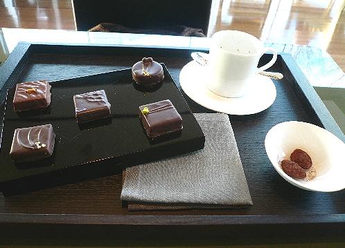 ☆ウーマンエキサイト Woman.excite *☆おいしい*ブルガリ・イル・カフェのチョコレート..。.゚。*・。♡_a0053662_12492630.jpg
