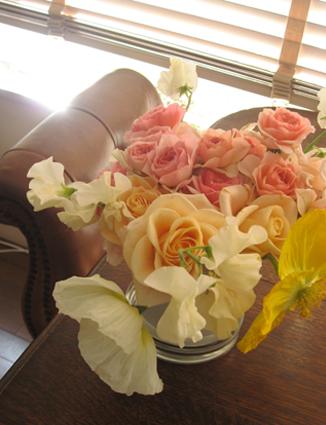 たまには花でも飾りませんか・・・? vol.2_d0129249_1005032.jpg