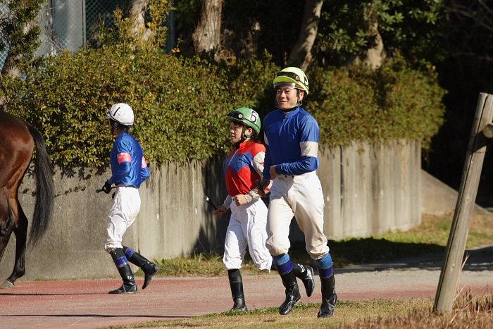 2008年1月1日(火) 高知競馬 2R_a0077663_1805946.jpg