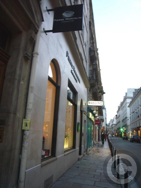■街角のチョコレートPierre Marcolini(パリ)_a0014299_20502672.jpg