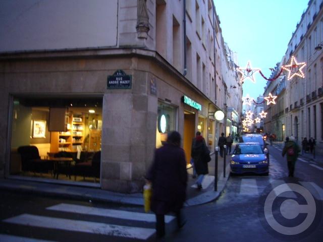 ■パリのスタバ(Starbucks)_a0014299_21142572.jpg
