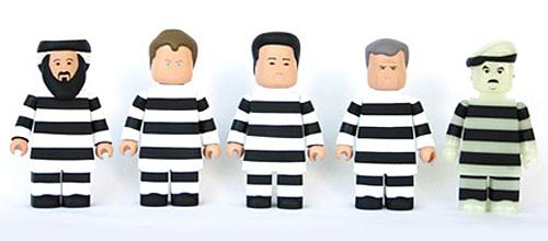 囚われの身の悪の枢軸5人衆がまたよい。_a0077842_10553579.jpg