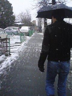 寒い中。_d0118072_18425316.jpg