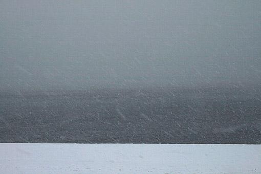 海にふる雪_c0107829_214443.jpg