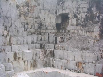 大理石の山ツアー_d0136540_2591592.jpg