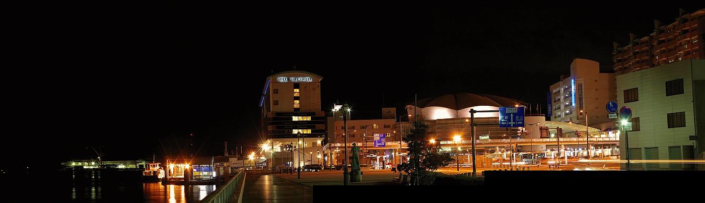 尾道駅前広場パノラマ夜景_c0152379_6195427.jpg