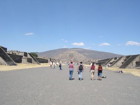 メキシコ2 ティオティオワカン遺跡_e0048413_2241915.jpg
