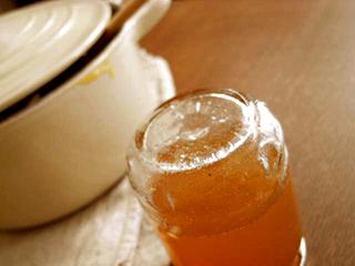ビン1個分のジャムを煮る鍋_c0110869_1782916.jpg