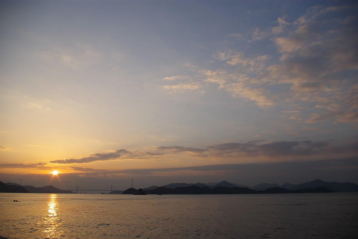 瀬戸内の静かなる日出_c0152379_6213990.jpg