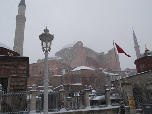 大雪のイスタンブール_c0030685_19555356.jpg