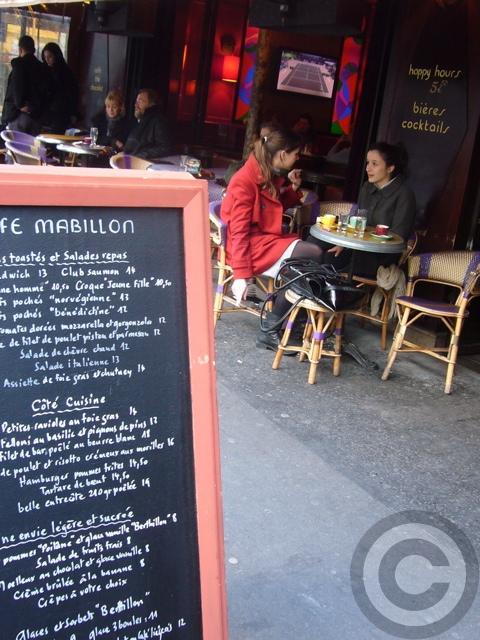 ■街角のキャフェ(パリ)_f0063227_22364340.jpg