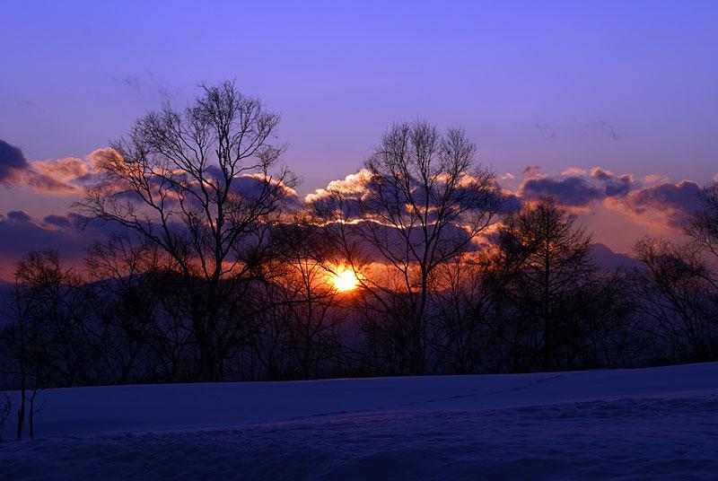 夕陽が目にしみる_d0102327_17453514.jpg