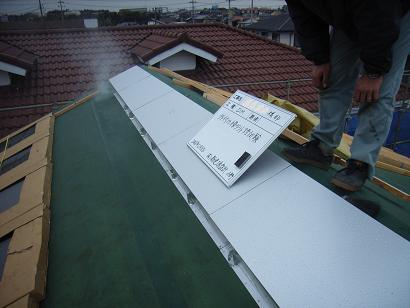 Tさんの家 OM集熱ガラス取付け・・・雨天中断 2006/12/8_a0039934_1452421.jpg