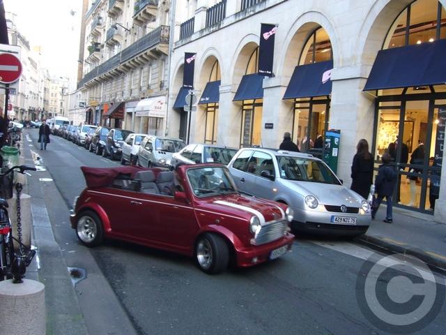 ■街角の車(パリ)_e0101749_5524599.jpg