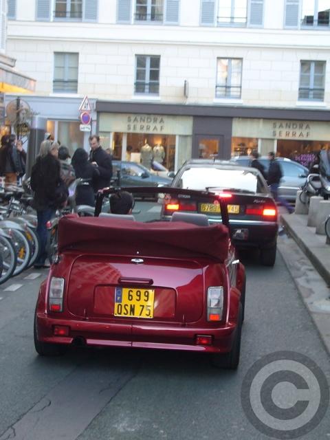 ■街角の車(パリ)_e0101749_553642.jpg