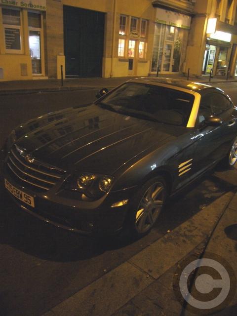 ■街角の車(パリ)_e0101749_5553878.jpg