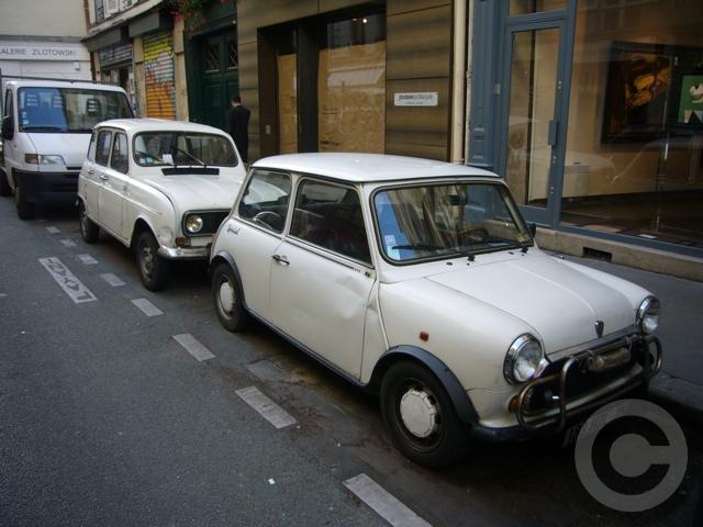 ■街角の車(パリ)_e0101749_5555641.jpg