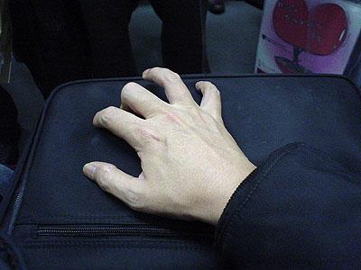 右手薬指の特訓っ!_c0137404_2335026.jpg