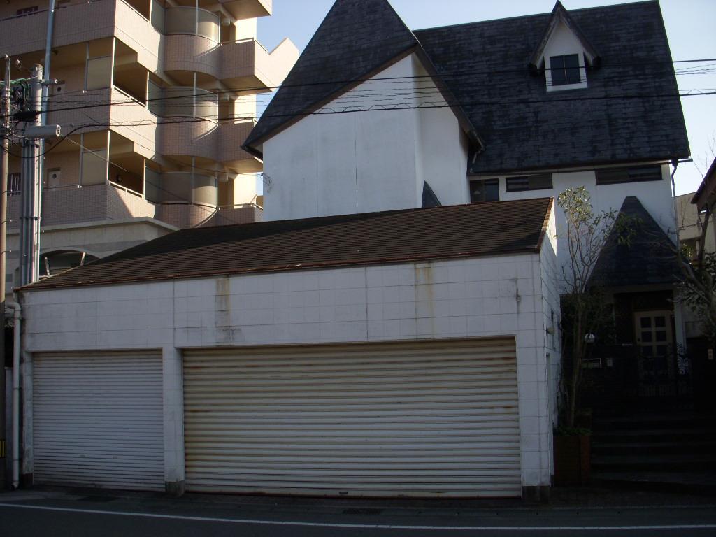 マダムハウス(船塚邸)_c0156749_1720016.jpg