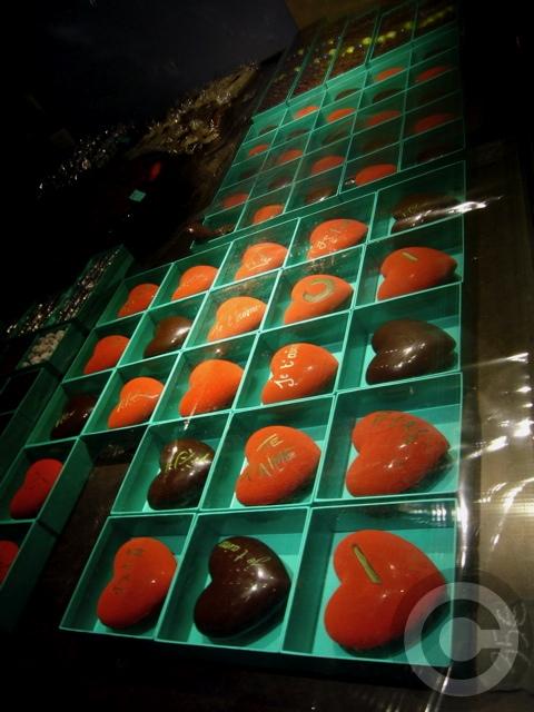■Patrick Roger 街角のチョコレート(2月13日パリ)_a0014299_7342248.jpg