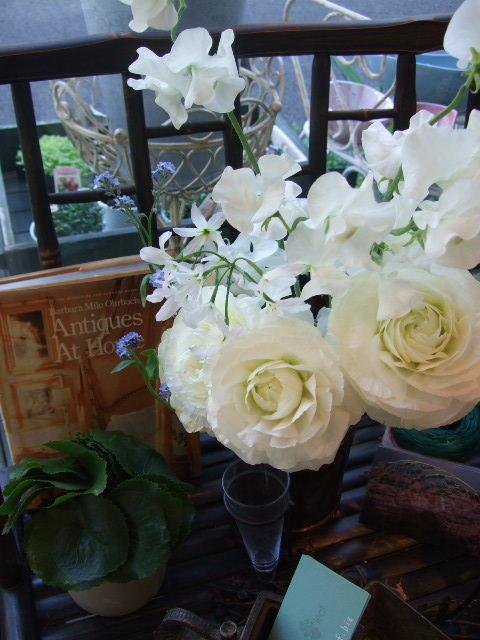 オークリーフ(青い花、プルモナリア)_f0049672_16385061.jpg