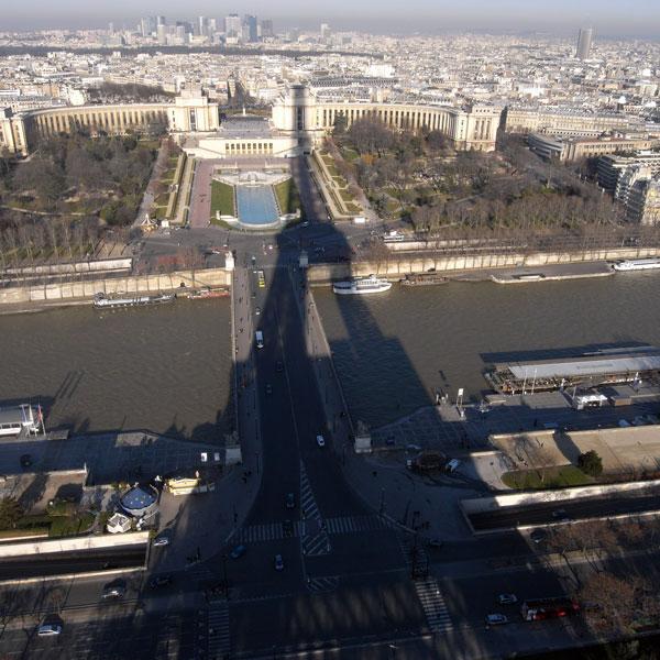 エッフェル塔と穴ガメ - パリ_f0117059_2072854.jpg