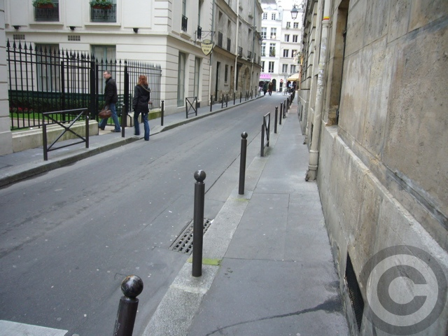 ■Le Toustem(パリ)_a0014299_2347358.jpg