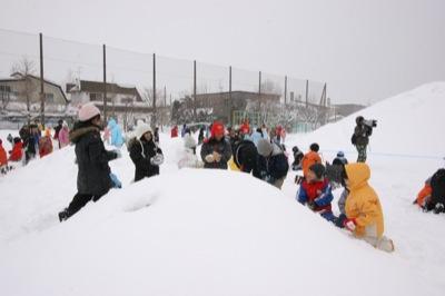 2008年2月15日(金)FUJISANの山開き、新光FUJI雪あかり村の開村_a0062127_1272977.jpg