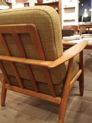 easy chair (Hans J.Wegner)_c0139773_22161020.jpg