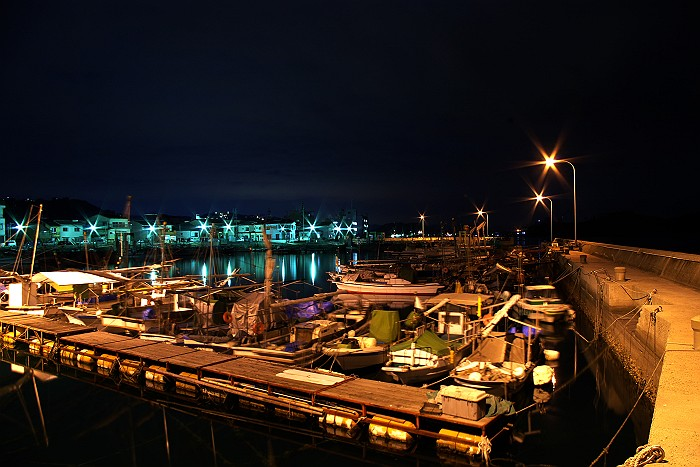 夜の漁港_c0152379_620586.jpg