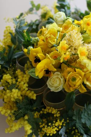 ひよこ色の花たち♪_f0127281_0444561.jpg