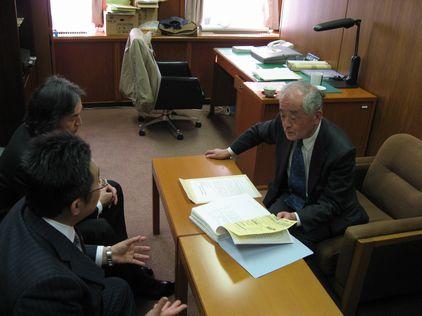 「会計帳簿の公開を」名古屋市議会に申し入れ_d0011701_19403935.jpg