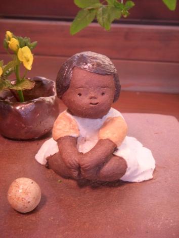 『春の陶人形たち』 窯開き仕切り直し展:2/23〜3/2_f0018417_0405539.jpg