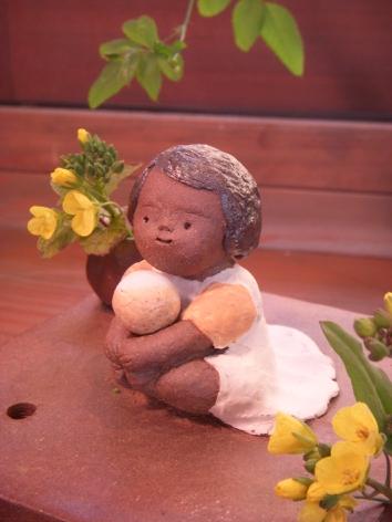 『春の陶人形たち』 窯開き仕切り直し展:2/23〜3/2_f0018417_122366.jpg