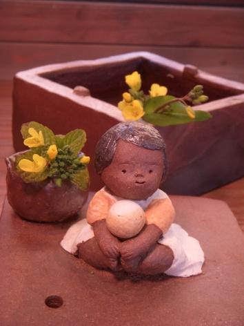 『春の陶人形たち』 窯開き仕切り直し展:2/23〜3/2_f0018417_174665.jpg