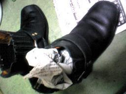 ブーツを大きくする裏技!_a0098324_45323.jpg