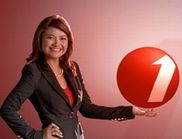 Tina Talisaさん@インドネシアの新しいテレビ局 TV One_a0054926_18365668.jpg