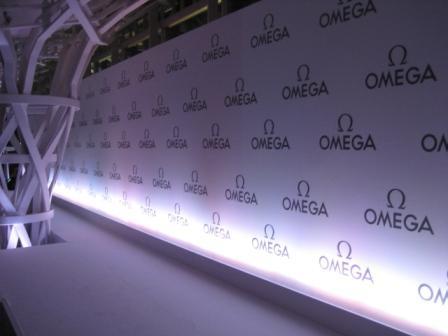 オメガがファインレザーコレクションを発表_f0039351_19292541.jpg